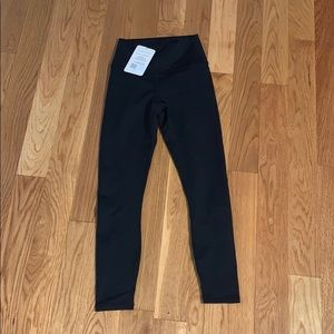 NWT black high wasted 7/8 Fabletics leggings